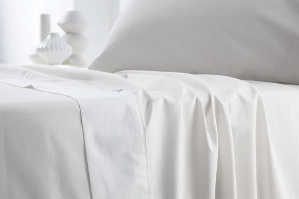 Sheridan Luxurious 300TC Cotton Sheet Set (King/Snow)