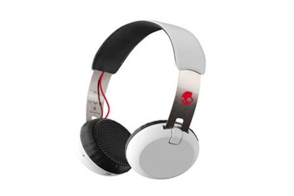 SkullCandy Grind Wireless On-Ear Headphones - Black/White/Red - with built-in mic & controls - 12