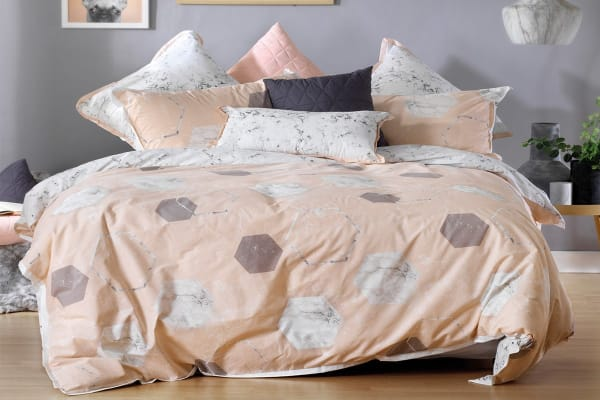 Bianca Zola Quilt Cover Set (Queen)