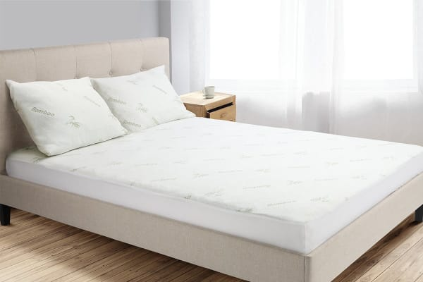 Trafalgar Bamboo Fitted Mattress Protector (Double)