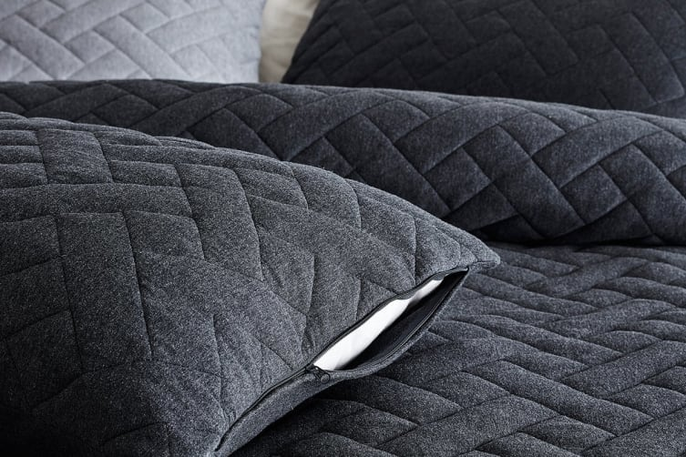 Gioia Casa Quilted Jersey Quilt Cover (King, Black Marble)
