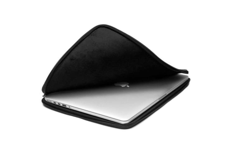 "Booq Mamba Sleeve 15"" Touchbar Laptop Case for 15-Inch Macbook Pro Black"
