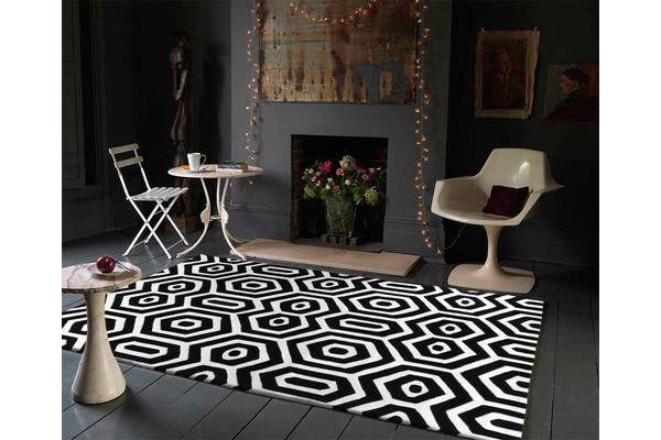 Honey Comb Black Off White Rug 280x190cm
