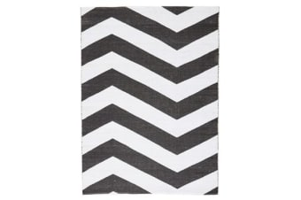 Coastal Indoor Out door Rug Chevron Black White