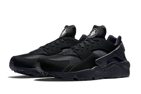 Nike Men's Air Huarache Running Shoe (Black, Size 7)