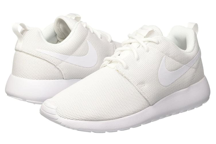 Nike Women's Roshe One Low Shoe (White/Pure Platinum, Size 9.5 US)