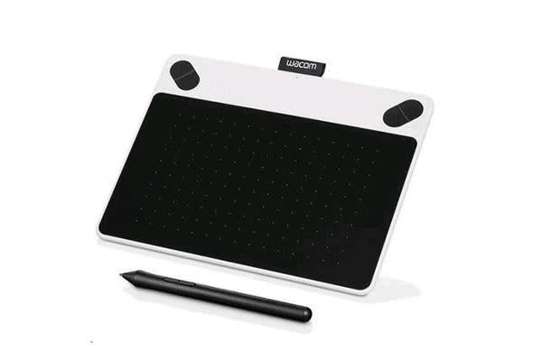"Wacom Intuos CTL-490, Draw Small White Pen only 3.7"" x 6"" with Draw bundled software"