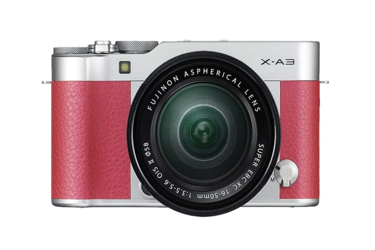 Fujifilm X-A3 with XC 16-50mm Lens (Pink)