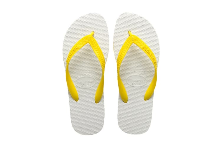 Havaianas Tradicional Thongs (Citrus Yellow, Size 35/36 BR)