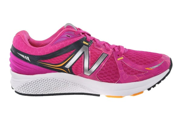 New Balance Women's Vazee Prism Running Shoes (Pink/Black, Size 9)