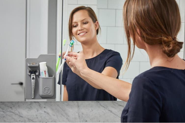 Tooletries The Harvey Toothbrush and Razor Storage Grey