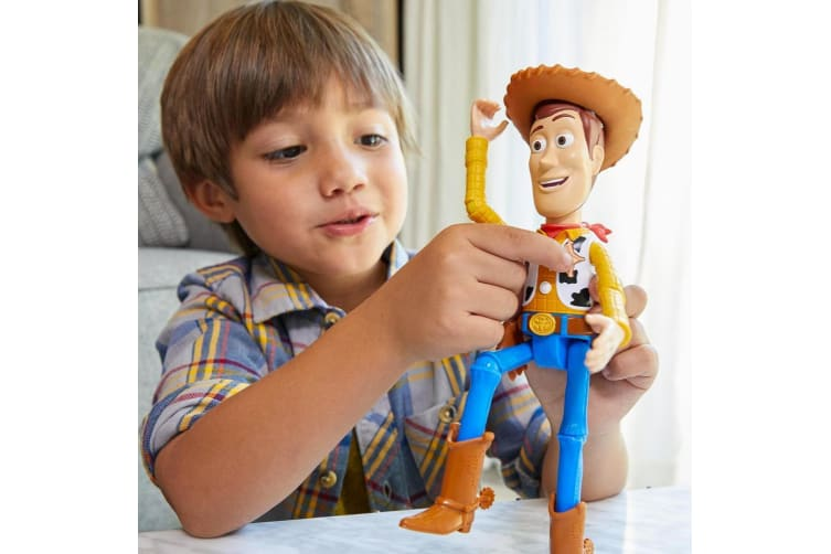 Toy Story 4 True Talkers Woody Figure