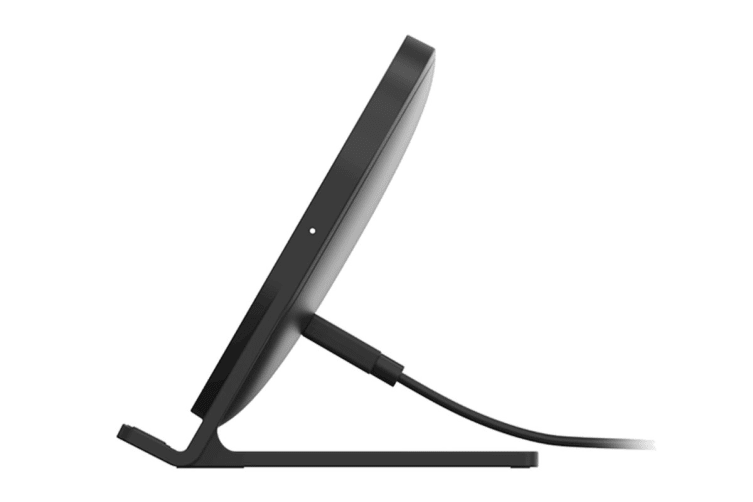 Belkin BOOST↑UP™ 5W Wireless Charging Stand Black (F7U070btBLK)