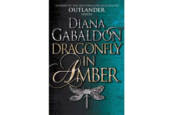 Dragonfly In Amber - (Outlander 2)