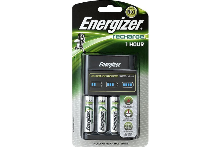 4pc Energizer 2300 mAh Universal AA Rechargeable Batteries w/Fast/Quick Charger
