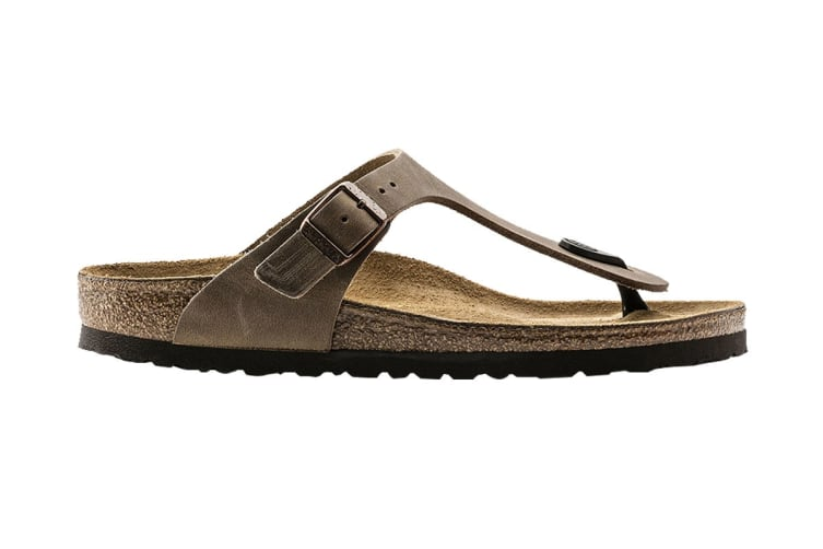 best cheap 17cd3 a92f5 Birkenstock Gizeh Oiled Leather Sandal (Tobacco Brown, Size 38 EU)