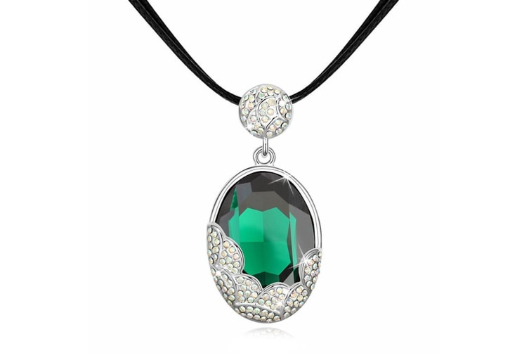 Triumph Emerald Choker Necklace Embellished with Swarovski crystals