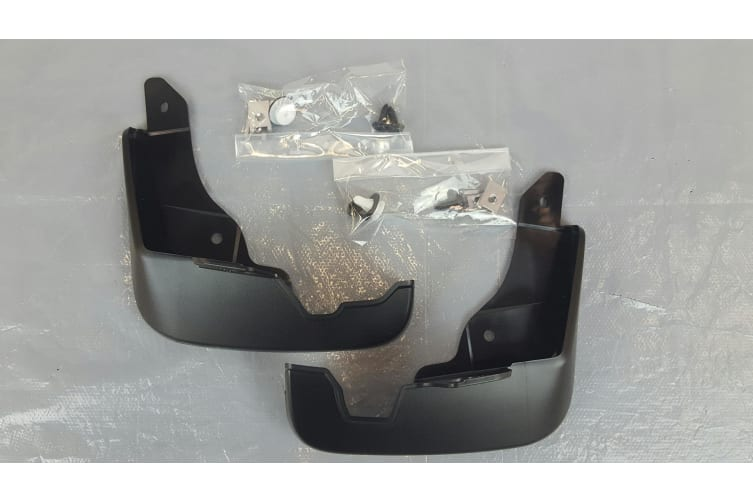 New Genuine Mazda 3 BM BN Front Mud Flap Set Mazda3 BHN1-V3-450 2013 - 2018