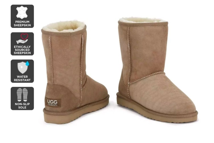 Outback Ugg Boots Short Classic - Premium Sheepskin (Chestnut, Size 7M / 8W US)