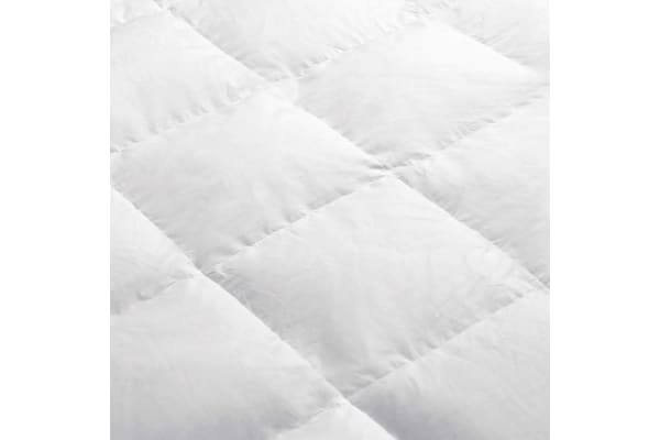 Giselle Bedding Lightweight Duck Down Feather Quilt (King)