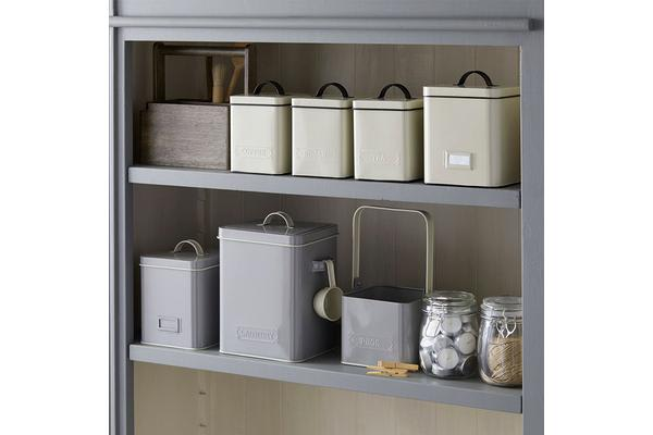 Pantry Embossed Peg Tin Grey