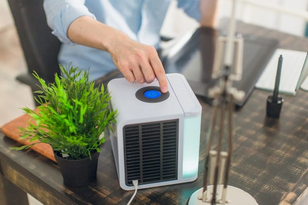 evaLIGHT USB Personal Air Conditioner by Evapolar