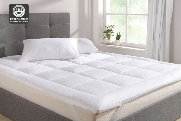 Ovela Goose Down and Feather Mattress Topper (Double)
