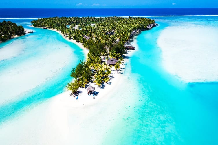 COOK ISLANDS: 5 Nights at Aitutaki Lagoon Private Island Resort for Two (Premium Beachfront Bungalow)