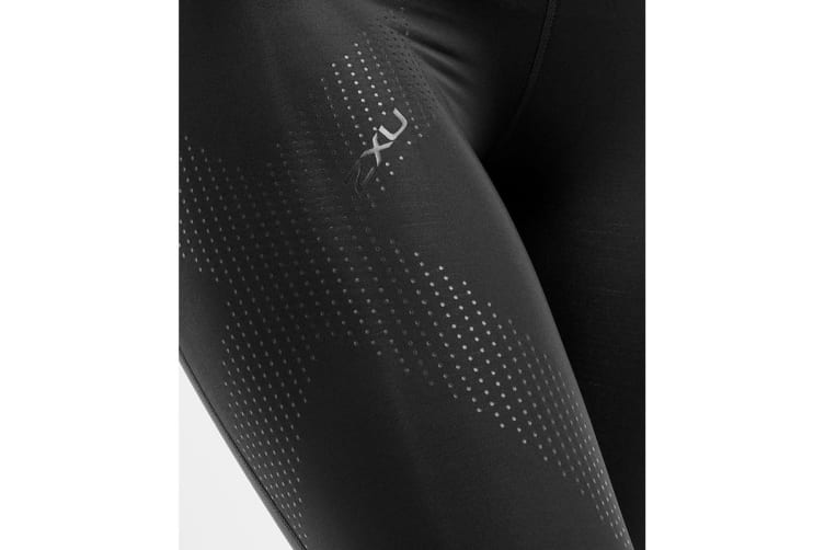 2XU Women's Mid-Rise Compression 3/4Tights (Black/Dotted Black Logo, Size XS)