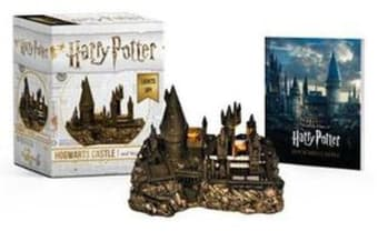 Harry Potter Hogwarts Castle and Sticker Book - Lights Up!