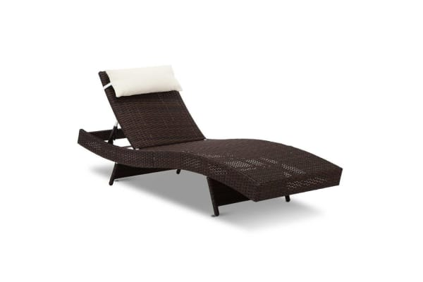 Wicker Outdoor Sun Lounger (Brown)