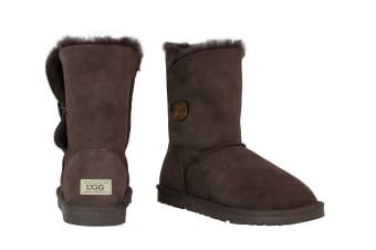 OZWEAR Connection Classic Button Ugg Boots (Chocolate)