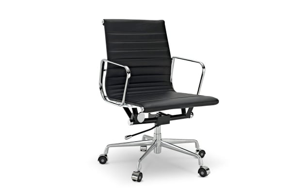 Ovela Executive Eames Replica Low Back Ribbed Office Chair (Black)