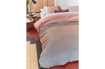 Mare Nude Quilt Cover Set Queen