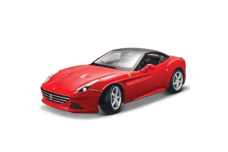 Bburago 1:18 Ferrari R&P California T Closed Red