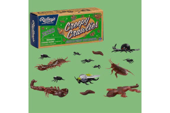 A Box of Gross Plastic Bugs, Reptiles & Other Nasty Creepy Crawlies!