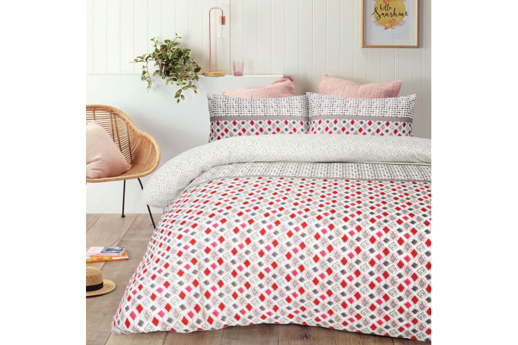 Pilar Red Quilt Cover Set Queen