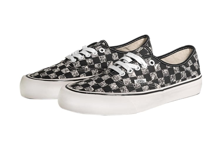 Vans Unisex Compra Authentic SF Shoe (Black/White, Size 7 US)