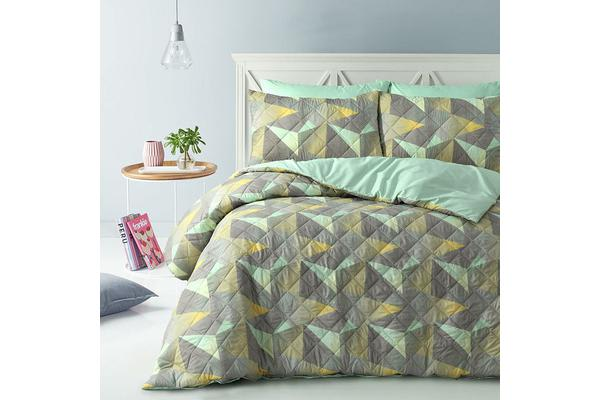 Park Avenue Microfiber Pinsonic Quilted Quilt cover set King Geo - Reversible