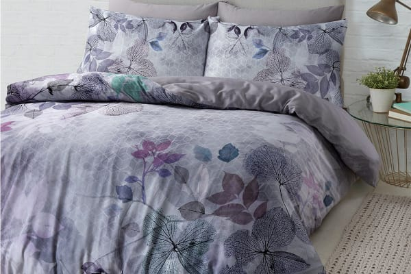 Style & Co 100 % Cotton Reversible Quilt Cover Set (Double, Soft Leaves)