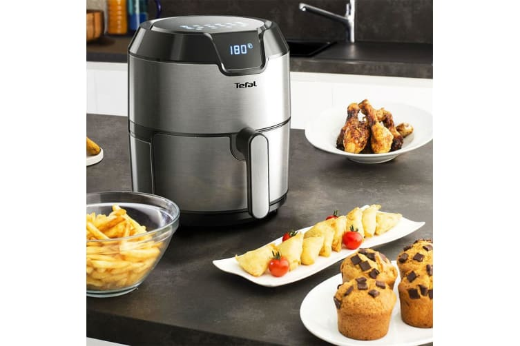 Tefal 4.2L Easy Fry Deluxe Air Fryer Low-Fat Healthy Cooking Cooker w  Timer BLK