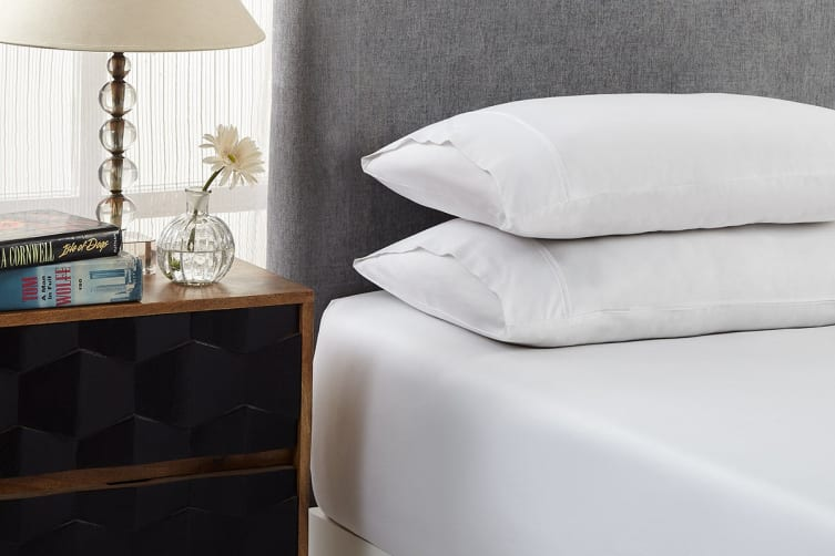 Royal Comfort 1500TC Cotton Blend 3-Piece Fitted Bed Sheet Set (Queen, White)