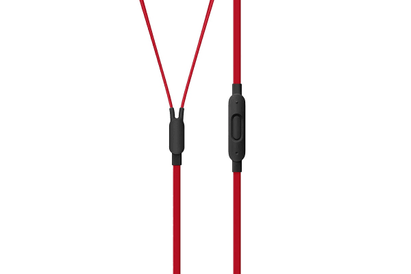 urBeats3 Earphones with 3.5mm Plug (Defiant Black-Red)