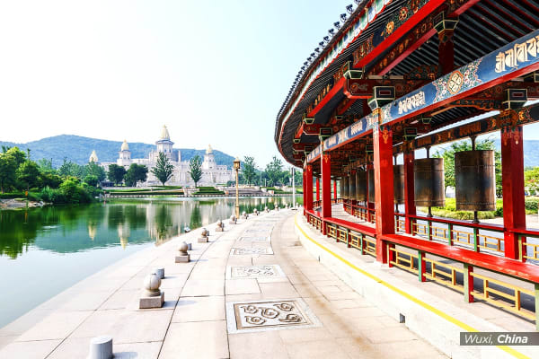 CHINA: 10 Day Discovery Tour Including Flights For Three (MEL/SYD)
