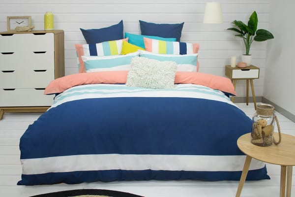 Apartmento Gala Reversible Quilt Cover Set (King)