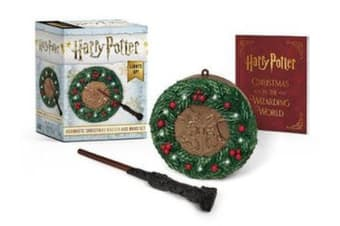 Harry Potter: Hogwarts Christmas Wreath and Wand Set - Lights Up!