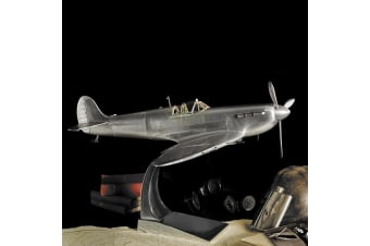 Collector`s Spitfire WWII Fighter Plane Model 75.5cm