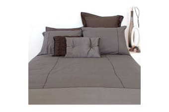 Cambridge Stone Reversible Polyester Cotton Quilt Cover Set by Apartmento
