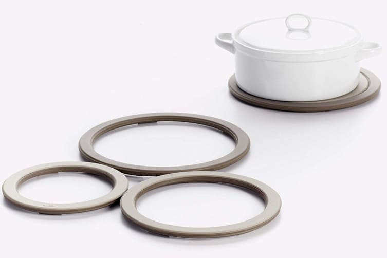 OXO Good Grips 3-In-1 Trivet Set Silicone Heat Resistant Hot Food Service (Grey Tan)