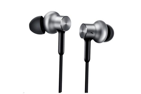 Xiaomi Mi In-Ear Headphones Pro 2 HD - Silver - with Hi-Res Audio Super stylish silver for super